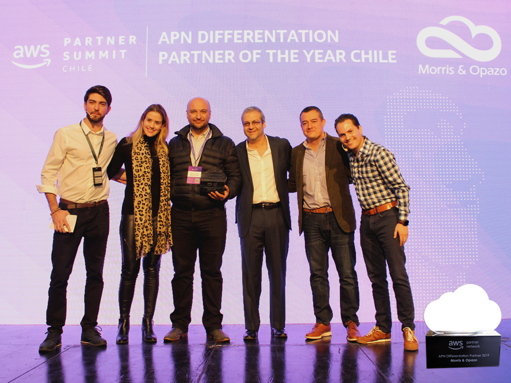 """Morris & Opazo awarded at Summit Partner 2019 as """"APN Differentation Partner of the Year Chile"""""""