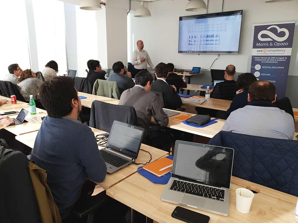 Morris & Opazo y AWS desarrollan Workshop sobre Machine Learning y sus múltiples ventajas para mejorar procesos internos